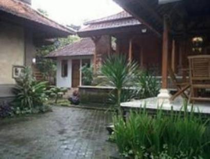 Munduk Sari Nature Villa