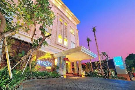 Alron Hotel