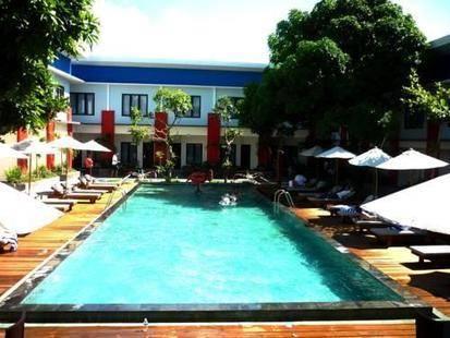 Ozz Hotel