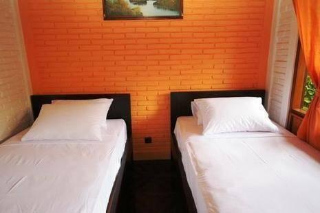 Hidden Oasis Bed & Breakfast