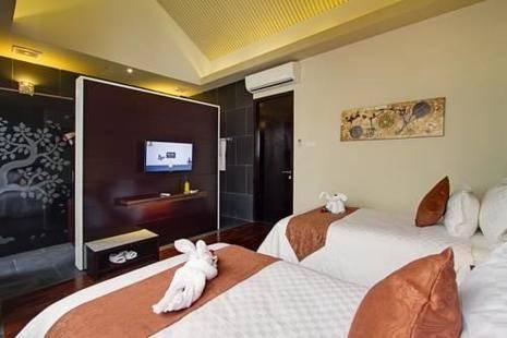 18 Suite Villa Loft At Kuta