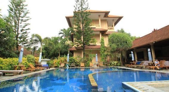 Hotel Lusa At Kuta Beach