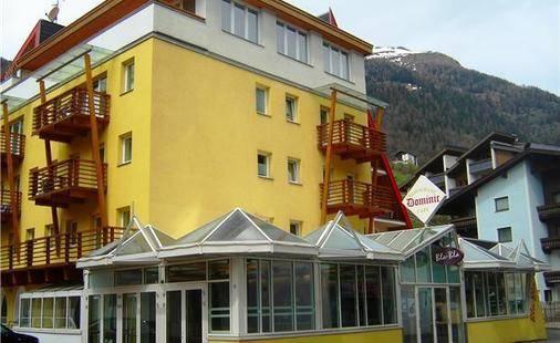 Dominic Hotel