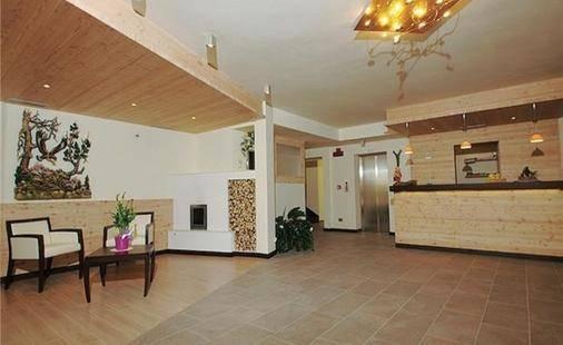 Nele Hotel