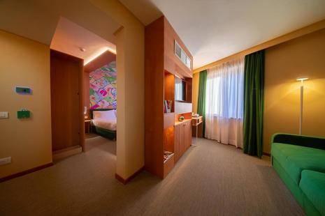 Omama ( Ex. Turin Hotel )