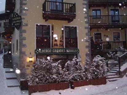 Grandes Murailles Hotel