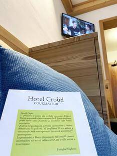 Croux Hotel