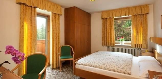 Larix Hotel