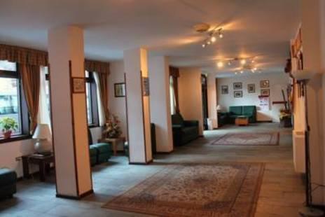 De La Telecabine Hotel