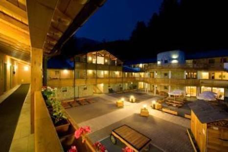 Boscone Hotel