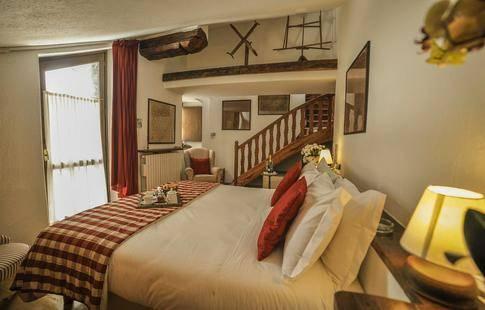 La Grange Hotel