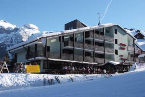 Alaska Hotel