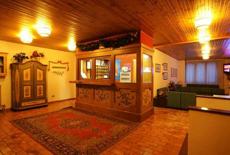 Alaska Club Residence