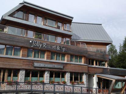 Jolly Resort