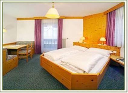 Sureghes Hotel