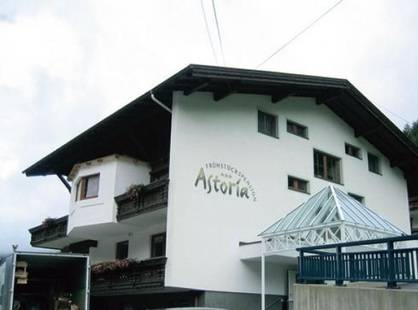 Astoria Pension