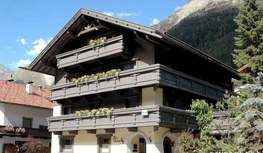 Eberhard Hotel