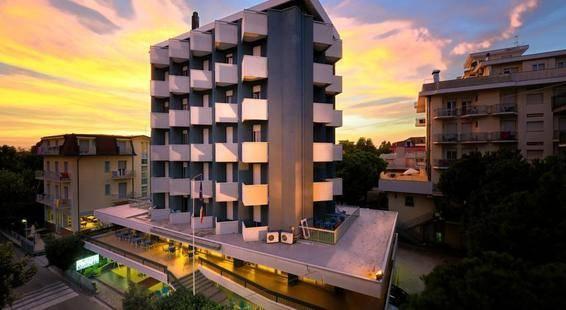 Raffaello Hotel
