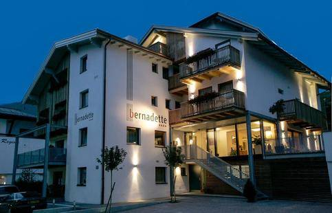 Bernadette Hotel