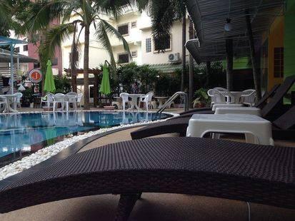 Yj Hotel