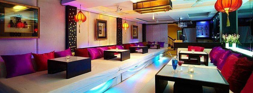 Room Club Hotel