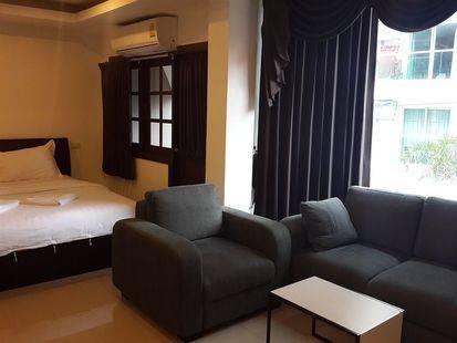 Yaka Hotel