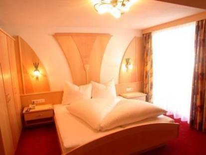Pradella Hotel
