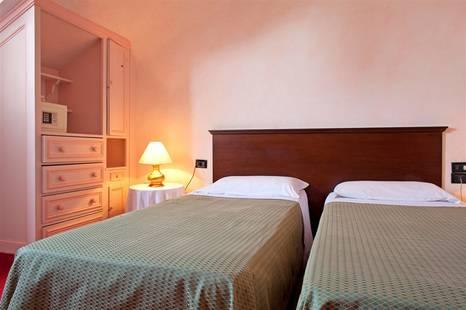 Astoria Piazza Hotel