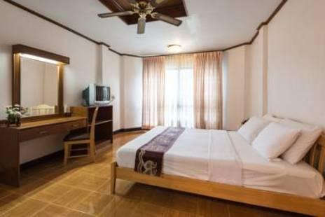 Seashore Pattaya Resort