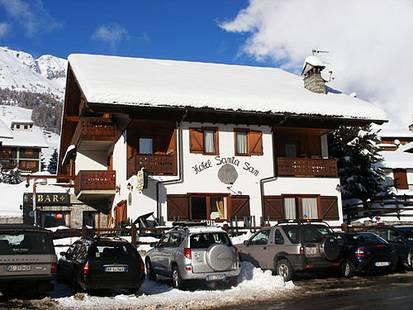Santa San Hotel