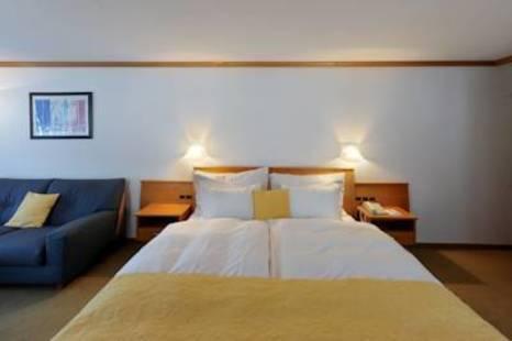Tschugge Hotel