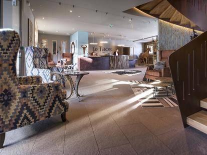 Taos Hotel