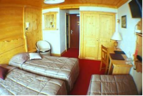 Refuge Hotel