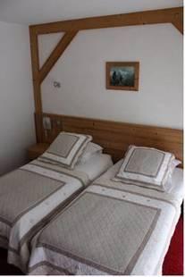 Igloo Hotel