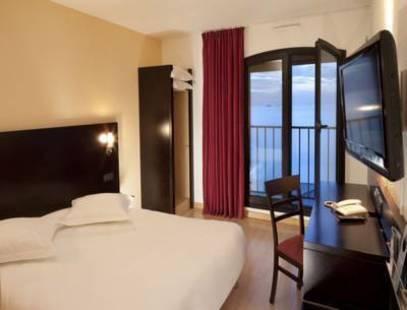 Escale Oceania Hotel