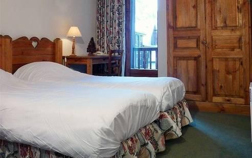 Lauzes Hotel