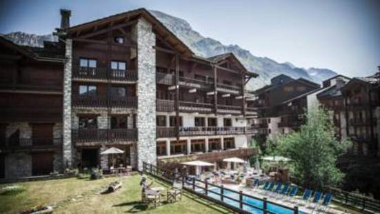 Altitude Hotel
