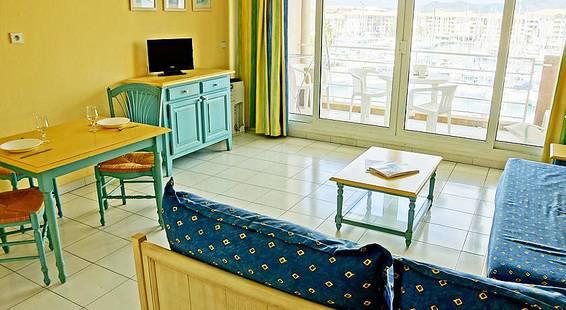 P&V Residence Cap Hermes