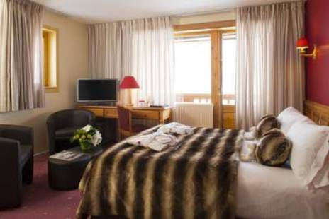 Ours Blanc Hotel