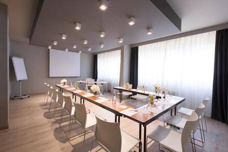 Living Place Hotel (Ex. Novotel Bologna San Lazzaro)