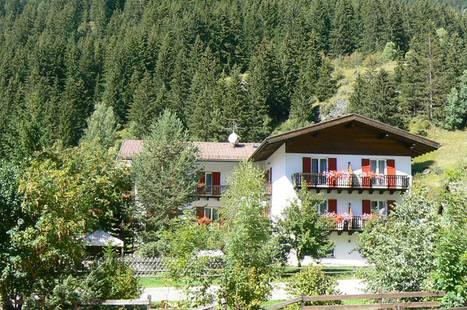 Tyrolia Hotel