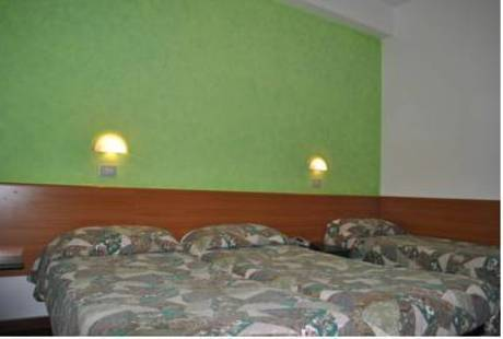 Senior Hotel