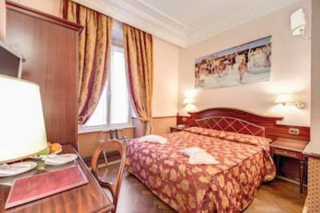 Invictus Hotel