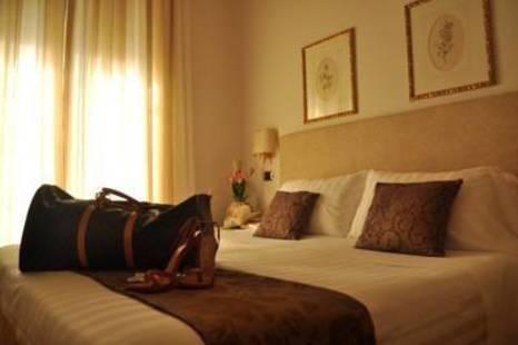 Jolanda Hotel