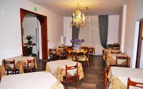 Aquila Azzurra Hotel