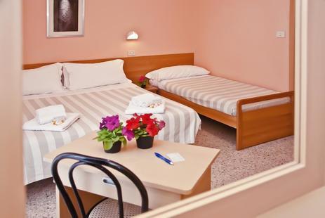 Staccoli Hotel