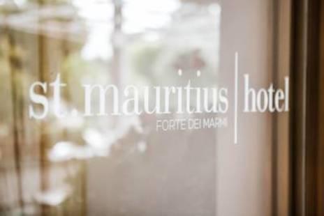 St. Mauritius Hotel