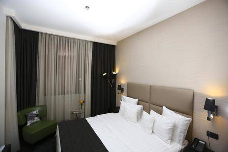 North Avenue Hotel