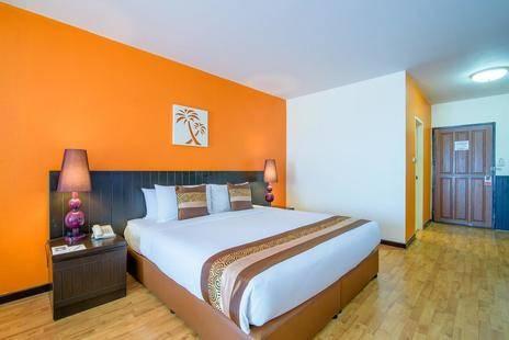 Golden Beach Cha-Am Hotel