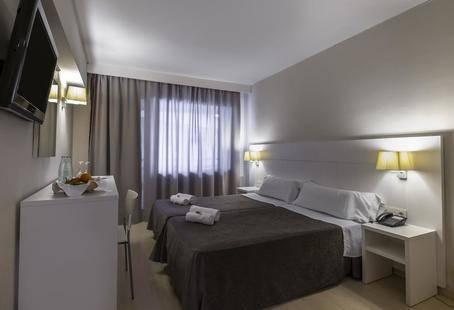 Rosamar Maxim Hotel (Adults Only 18+)